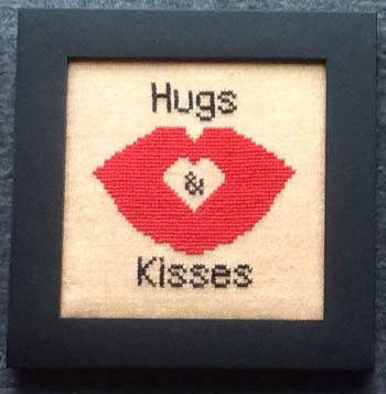 Home Decor - February Hugs & Kisses