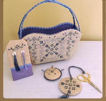 Arabesque Sewing Set