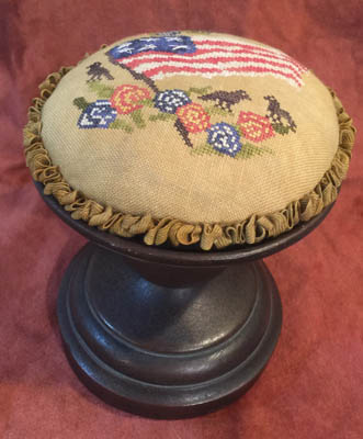 Americana Birds And Flowers Pin Cushion Topper