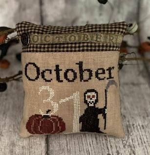31st October Pillow